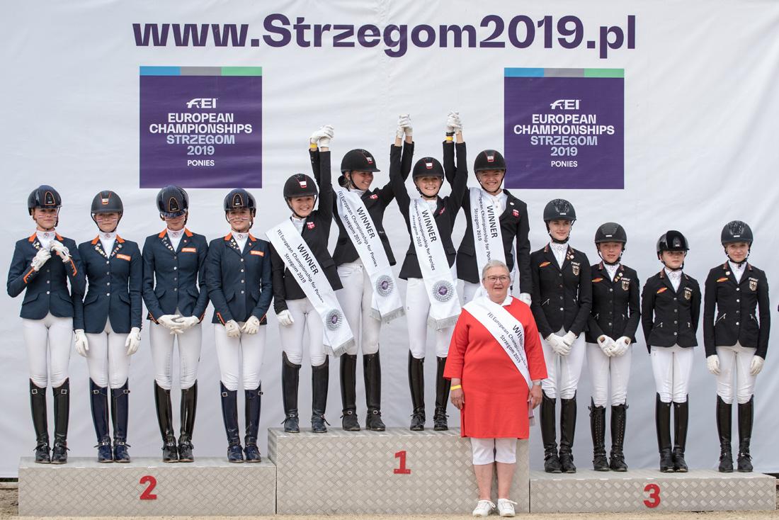 Złoty medal w ujeżdżeniu dla Duńczyków [FOTO]