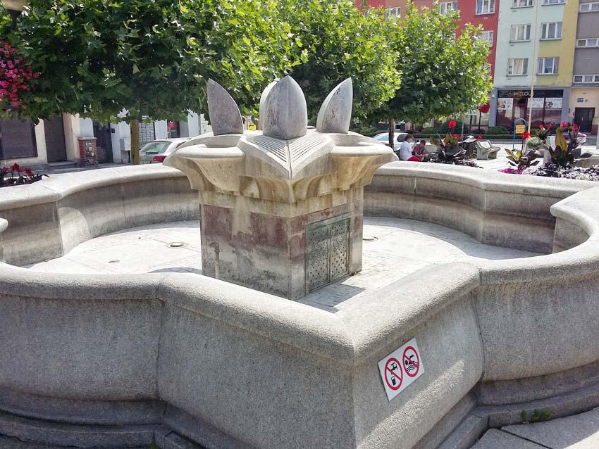 Sucha fontanna!