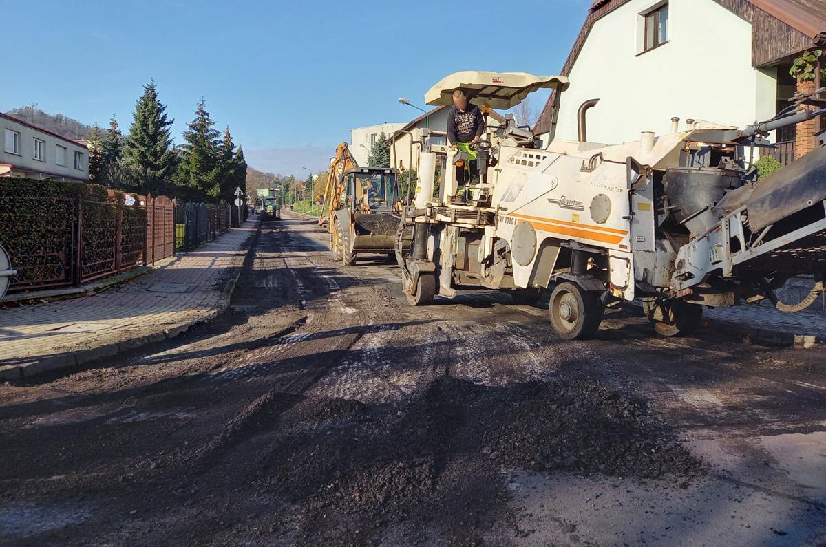 Ruszył remont ulicy Niecałej i Różanej [FOTO]