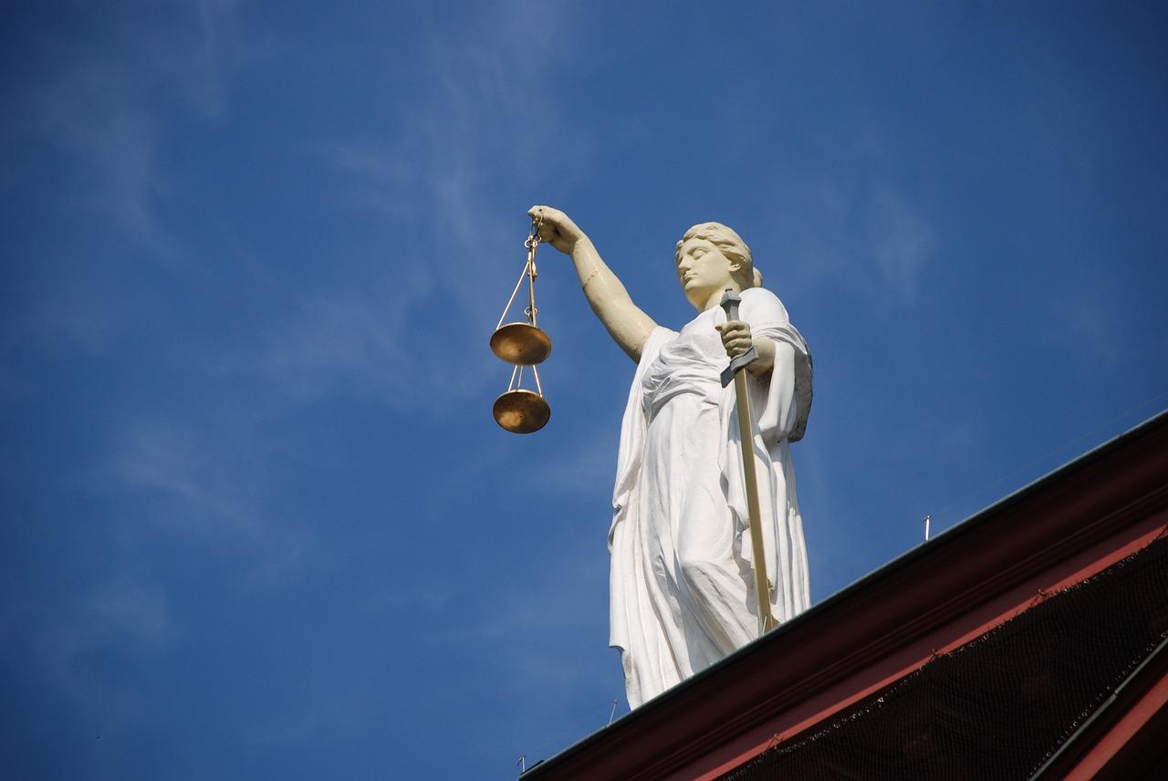 Będzie paraliż sądów?