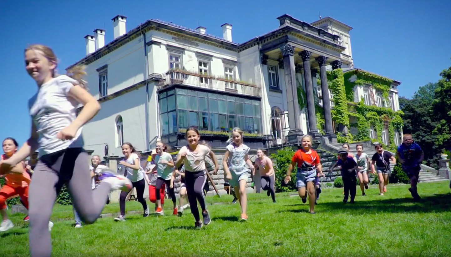 Integracja, świetna zabawa i praca twórcza w Morawie [FOTO+FILM]