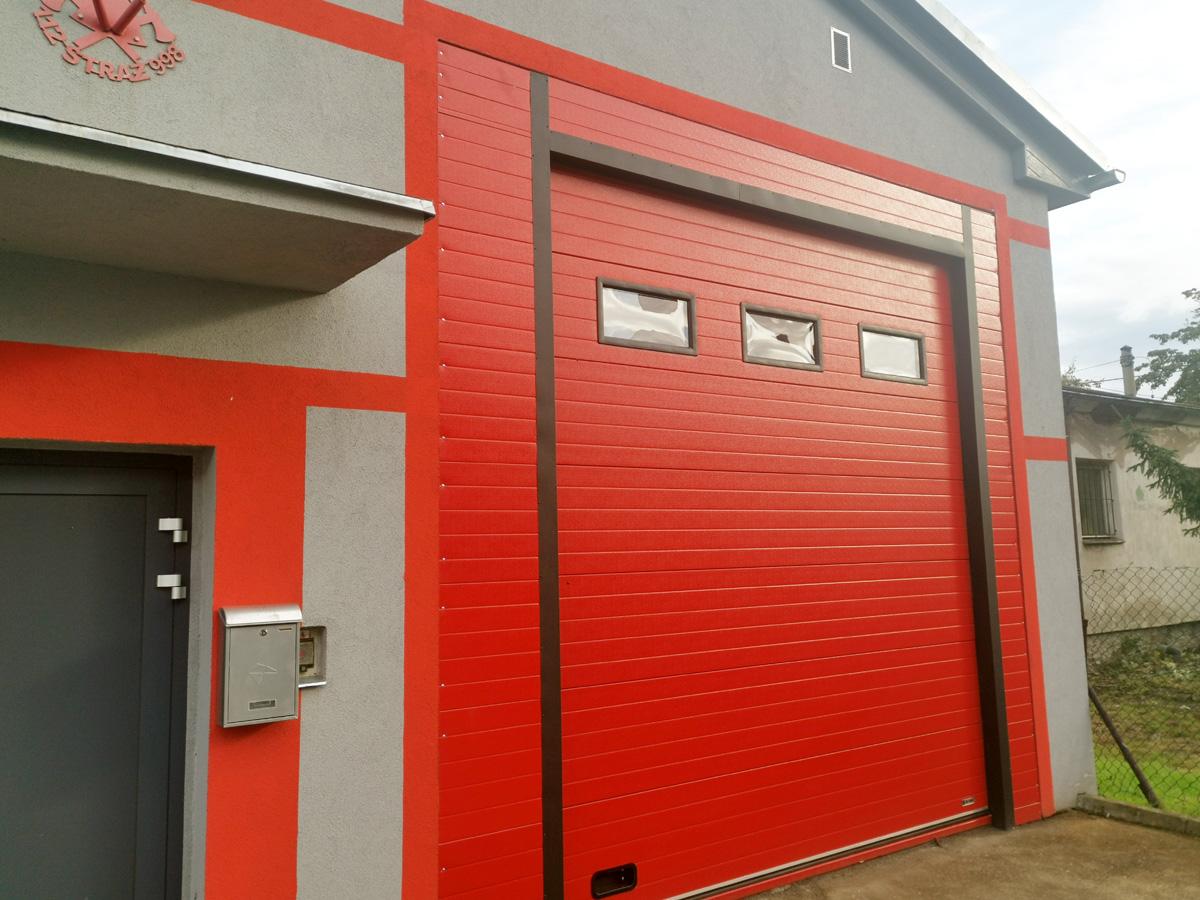 Nowa brama służy strażakom z Granicy [FOTO]