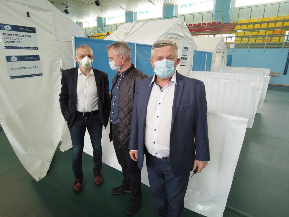 Brak szczepionek w strzegomskim Punkcie Szczepień Powszechnych [FOTO]