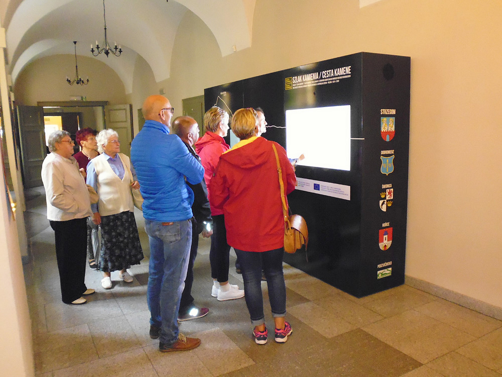 Multimedialne centrum turystyczno – edukacyjne