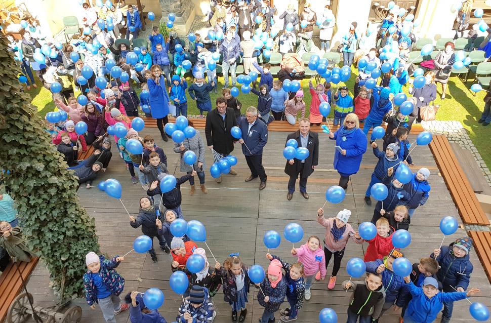 Niebieski happening w Strzegomiu [FOTO]
