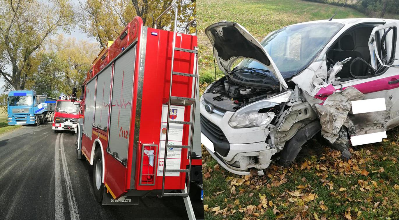 Zderzenie auta osobowego z ciężarowym pod Bartoszówkiem [FOTO]