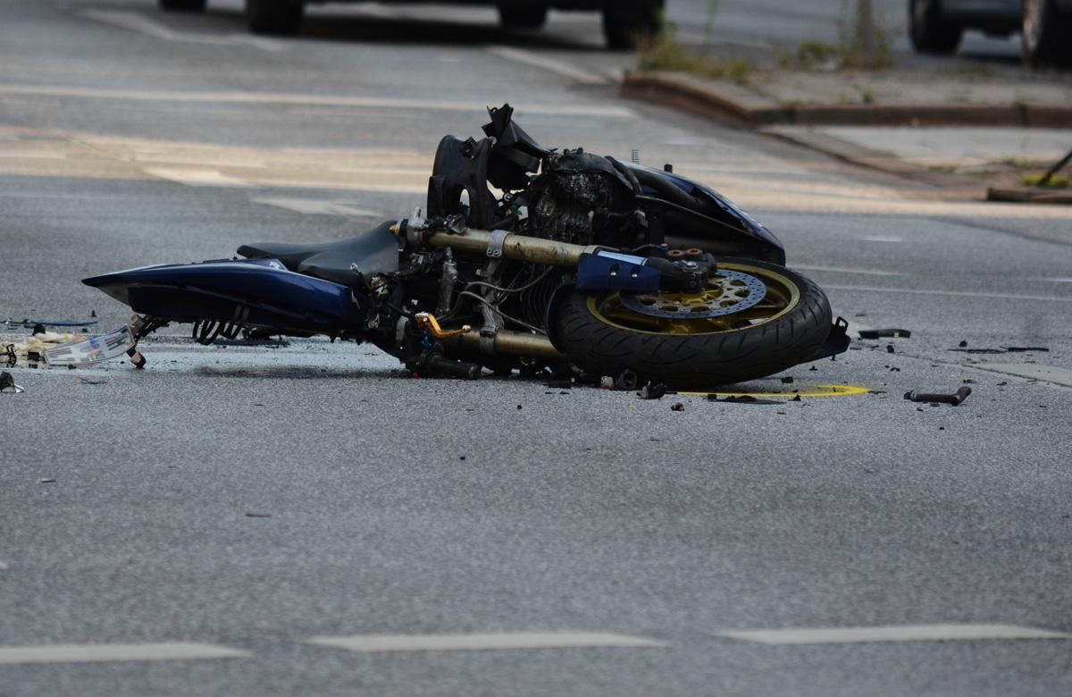 Zderzenie motocyklisty z ciężarówką!