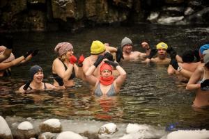 Dla Amelki i Alanka weszli do lodowatej wody [FOTO]