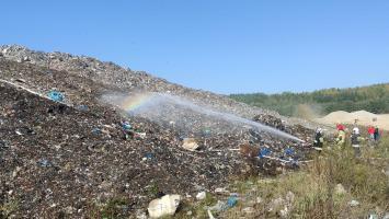 Pożar w Centrum Utylizacji Odpadów w Rusku [FOTO]