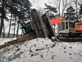 Zderzenie koparek w Forcie Gaj [FOTO]
