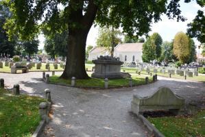 Wyremontują żołnierskie kwatery na cmentarzu [FOTO]