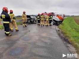 Zderzenie dwóch aut przed miejscowością Morawa [FOTO]