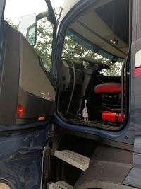 Pijany prowadził ciężarówkę! [FOTO + FILM]